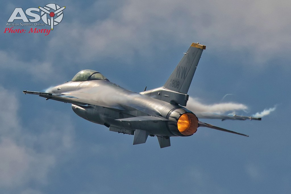 Mottys-Seoul-ADEX-2019-F-16s-02692-DTLR-1-001-ASO