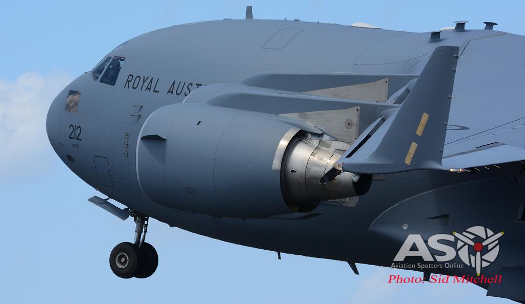 C-17 Globemaster III A41-212 lifting off
