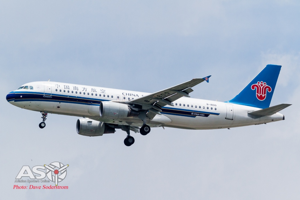 B-1800 China Southern Airbus A320 ASO (1 of 1)