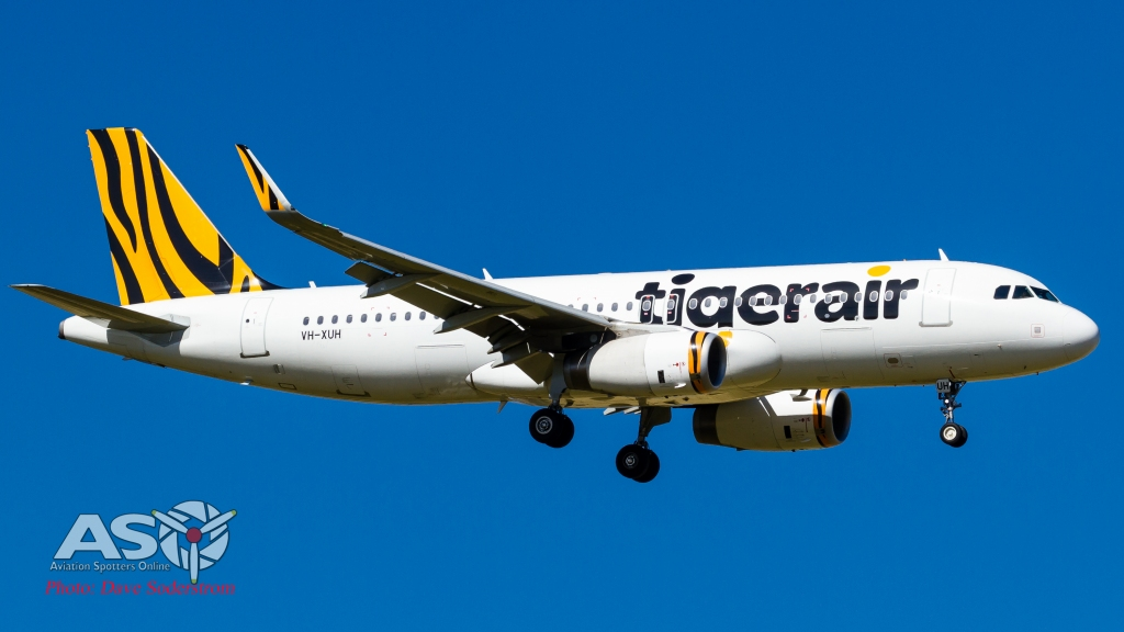VH-XUH-TigerAir-Airbus-A320-232-ASO-2-1-of-1