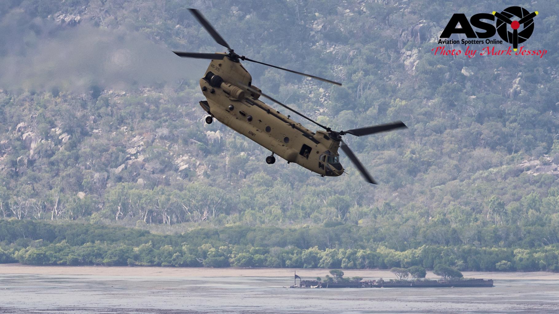 ARMY CH-43F Chinook