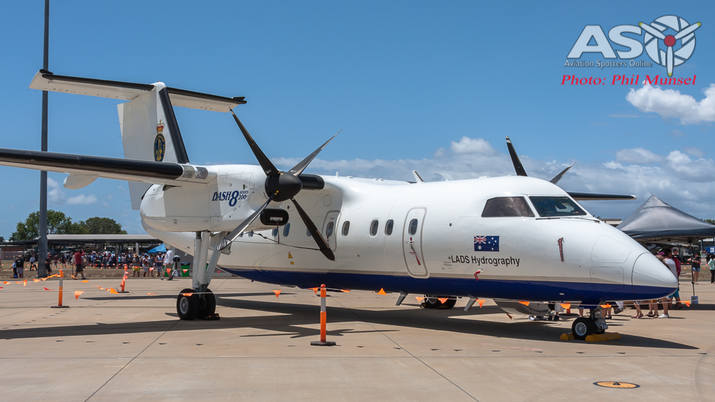 RAN LADS De Havilland Dash 8 - 200 (6)