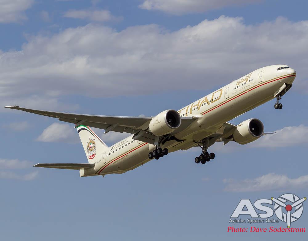 Etihad 777-300 Climb (1 of 1)