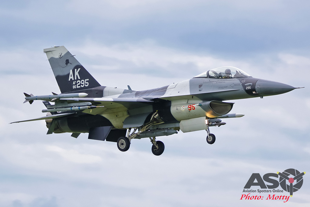 Mottys-Diamond-Shield-Aggressor-F16-295_2017_03_22_1729-ASO