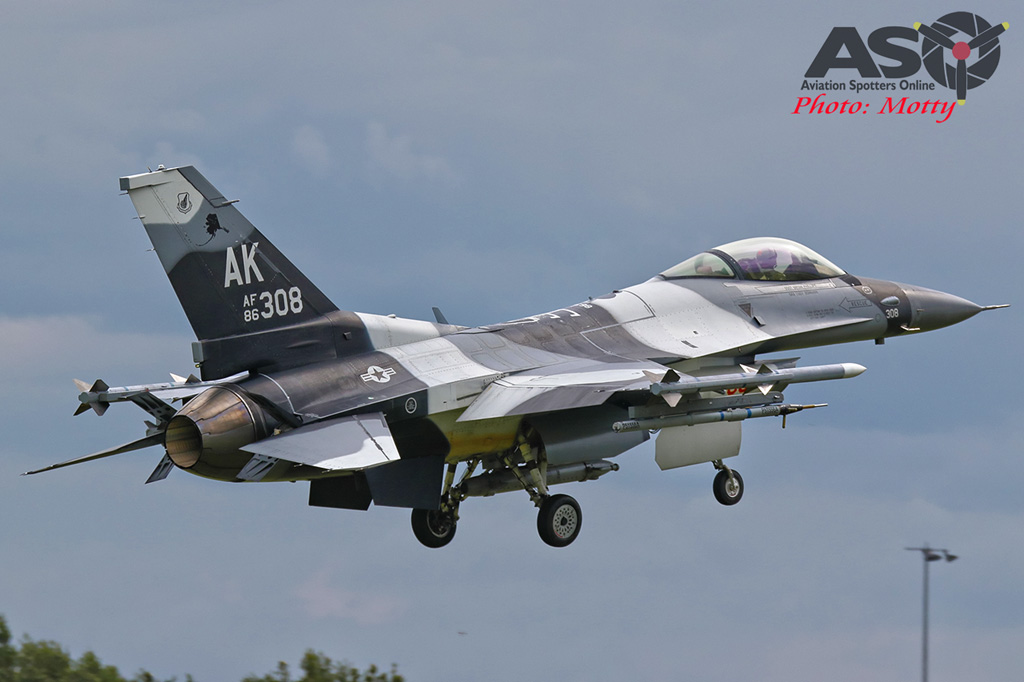 Mottys-Diamond-Shield-Aggressor-F16-308_2017_03_22_0955-ASO