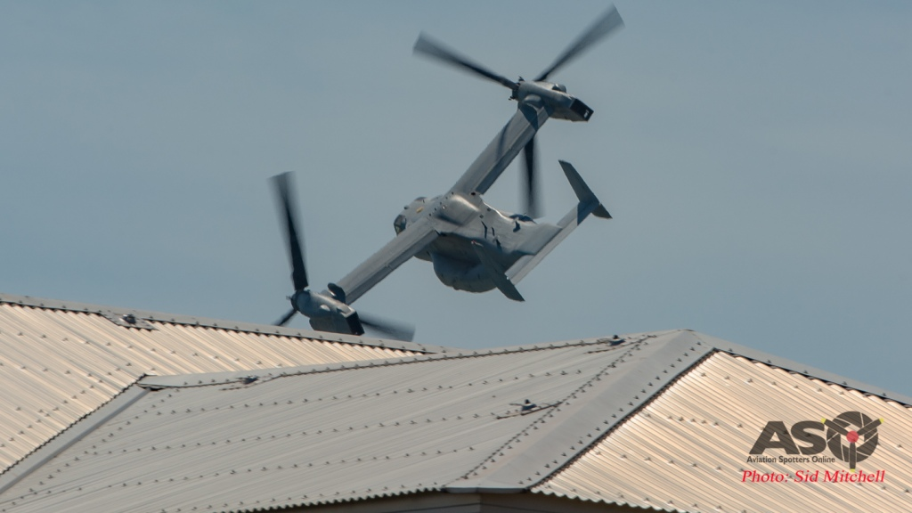 MV22B Osprey from VMM-268 low pass