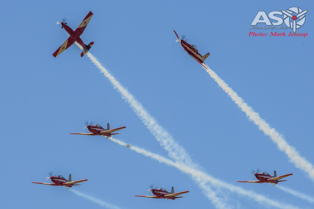 RAAF Roulettes Roll Out
