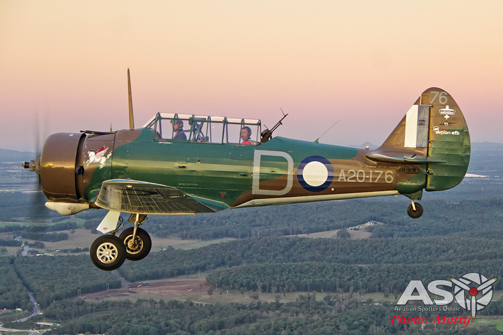Mottys Paul Bennet Airshows Wirraway VH-WWY A2A 0300-ASO
