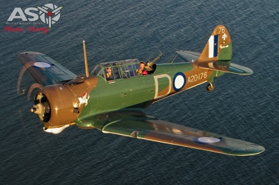Mottys Paul Bennet Airshows Wirraway VH-WWY A2A 0030-ASO