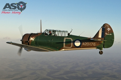 Mottys Paul Bennet Airshows Wirraway VH-WWY A2A 0210-ASO