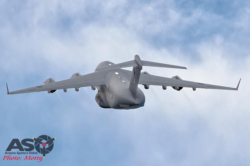 Wings Over Illawarra 2016 Globemaster III-173