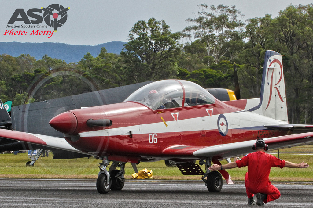 Wings Over Illawarra 2016 RAAF Roulettes-020