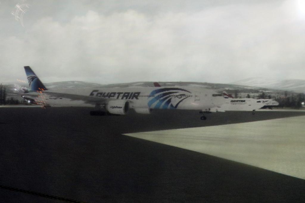 737sim8
