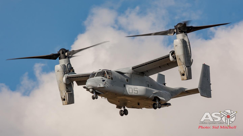 VMM-268 MV-22B Osprey soft lands at Larrakeyah Defence Precinct