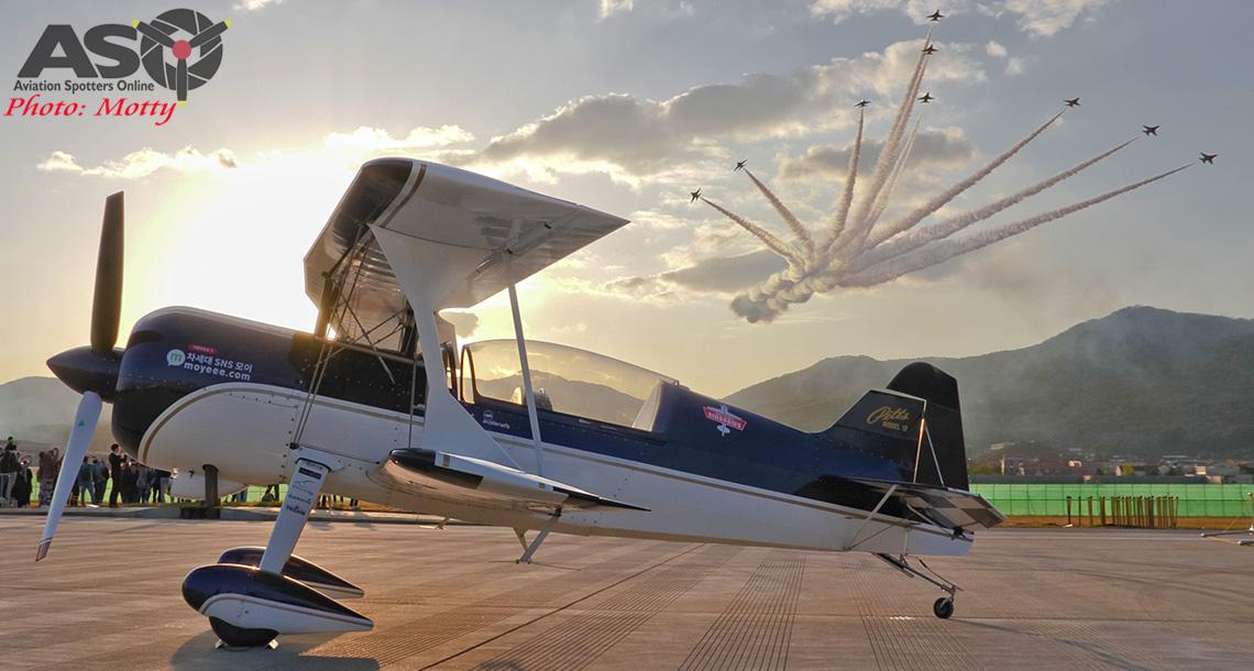 Aerobatic Aussies Abroad.