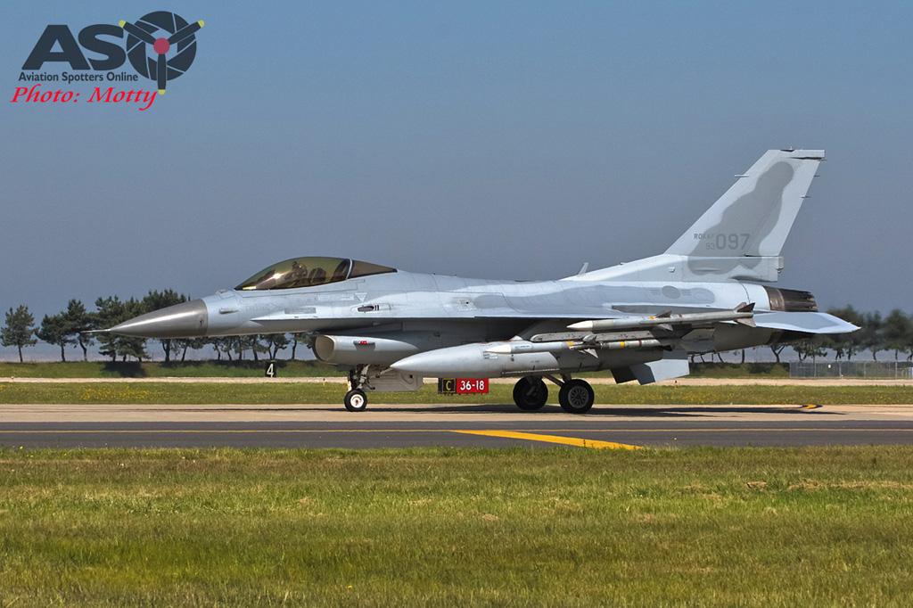 Mottys 111FS ROKAF KF-16 Kunsan 2015 0040