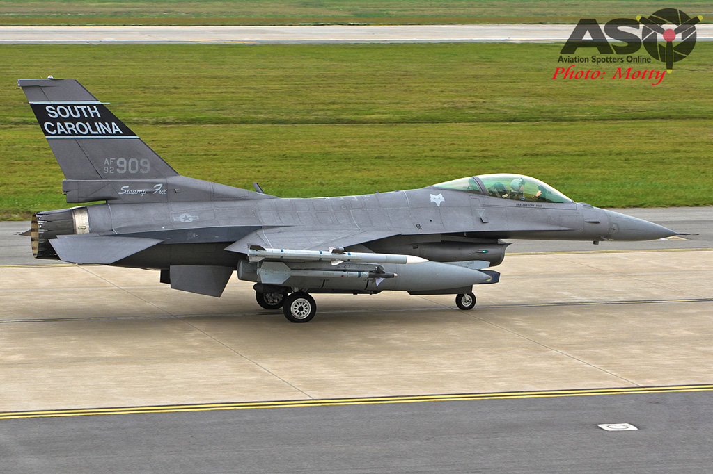Mottys-Osan-SC-F16-909-1055-DTLR-1-001-ASO