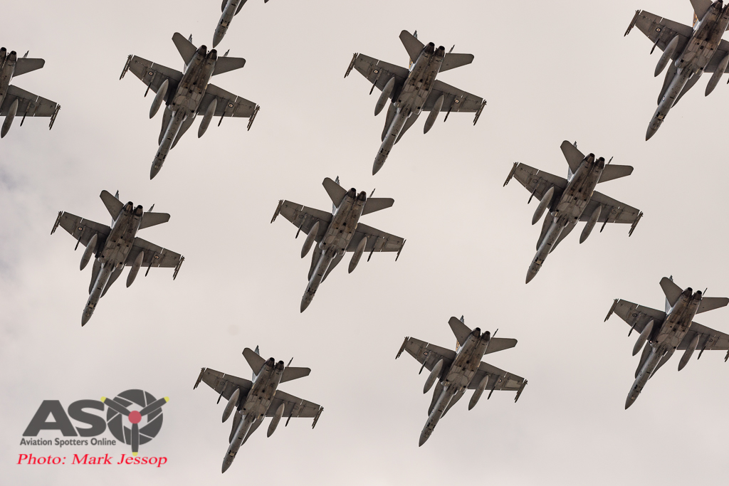 "RAAF 2OCU \""Tiger Bird\"" Formation."