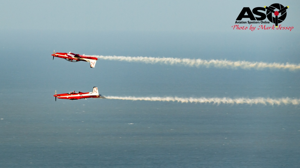 RAAF Roulette\'s Mirror Formation from Castle Hill, Townsville.