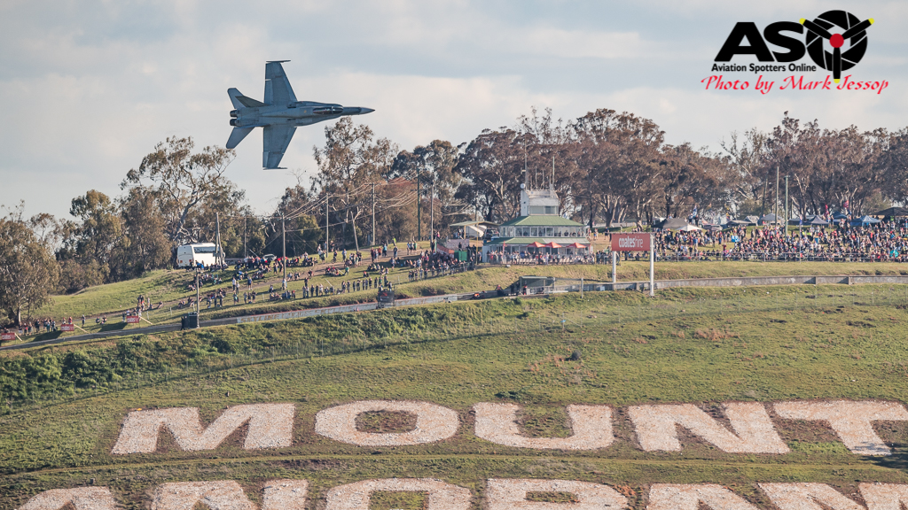 RAAF F/A-18A Hornet ripping up Mount Panorama.