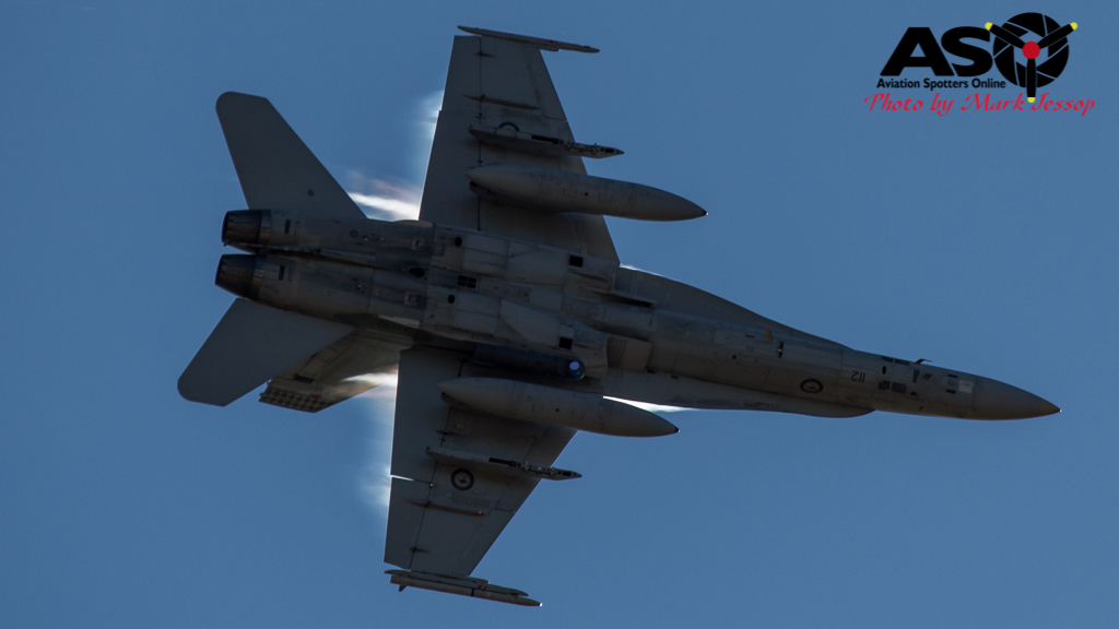 F-A-18A low level Western Airspace tank run-17