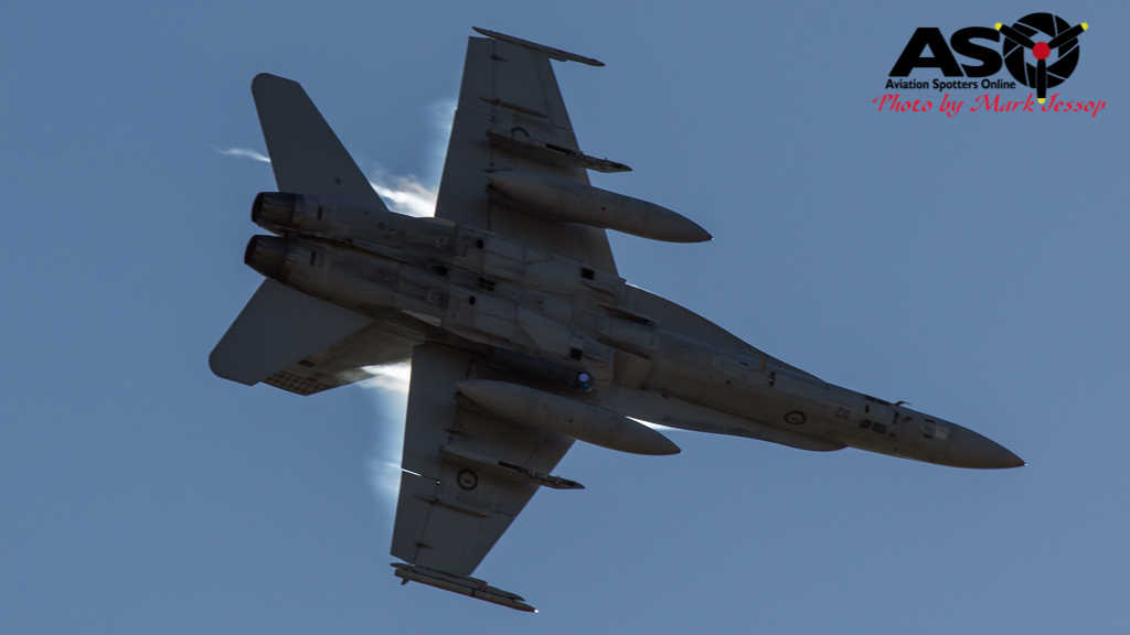 F-A-18A low level Western Airspace tank run-18