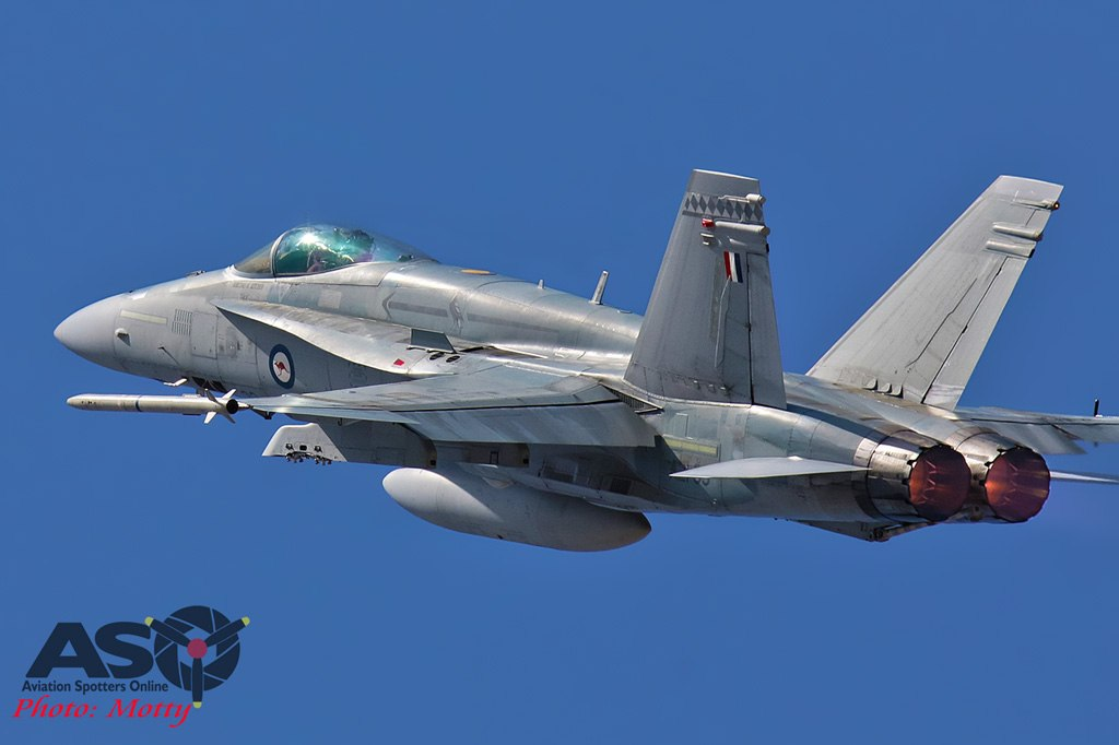Mottys-RAAF-2OCU-Classic-FA-18-Hornet-Display-SEP2019-00782-ASO