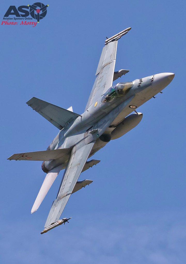 Mottys-RAAF-2OCU-Classic-FA-18-Hornet-Display-SEP2019-00924-ASO