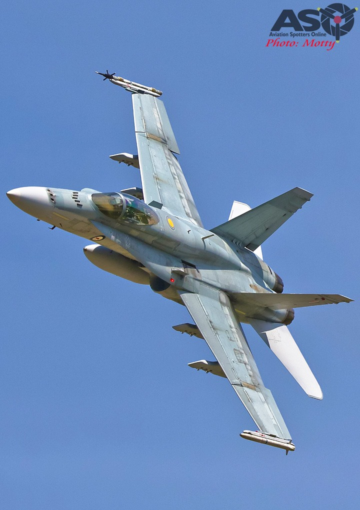 Mottys-RAAF-2OCU-Classic-FA-18-Hornet-Display-SEP2019-01151-ASO