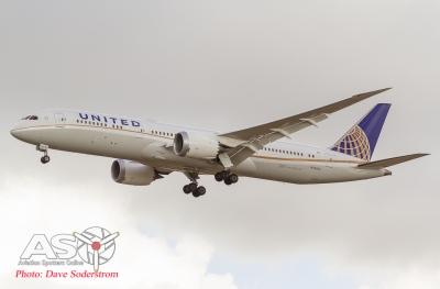 N35953 United 787-9 ASO (1 of 1)