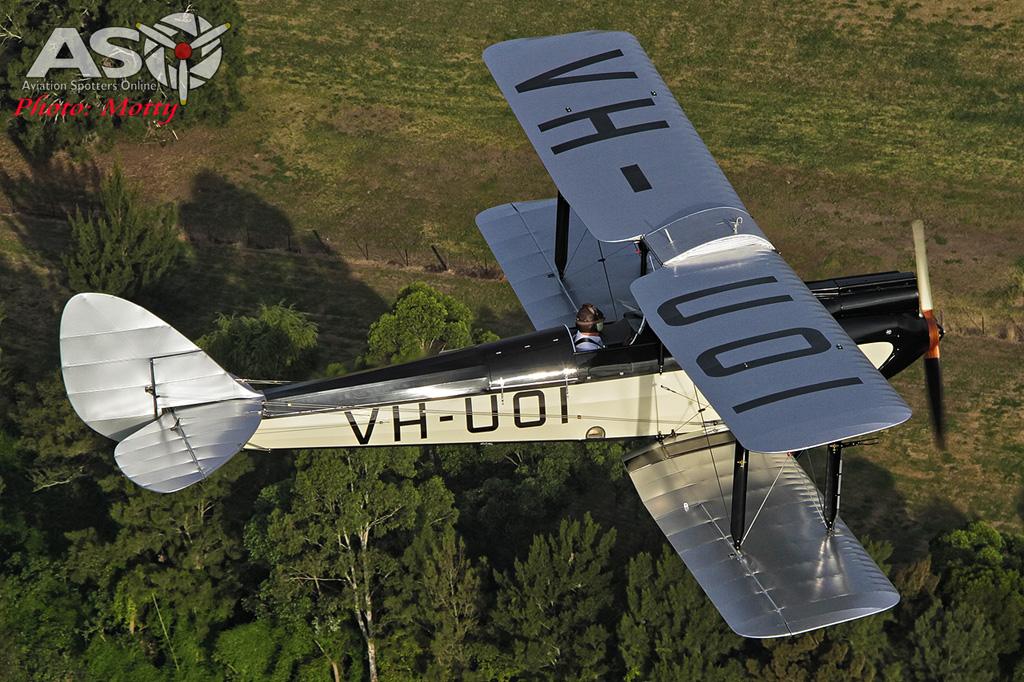Mottys DH-60M Gipsymoth VH-UOI-057