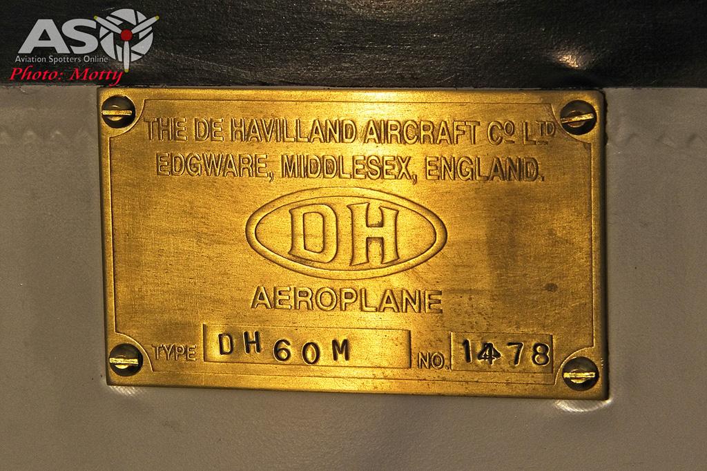 Mottys DH-60M Gipsymoth VH-UOI-096