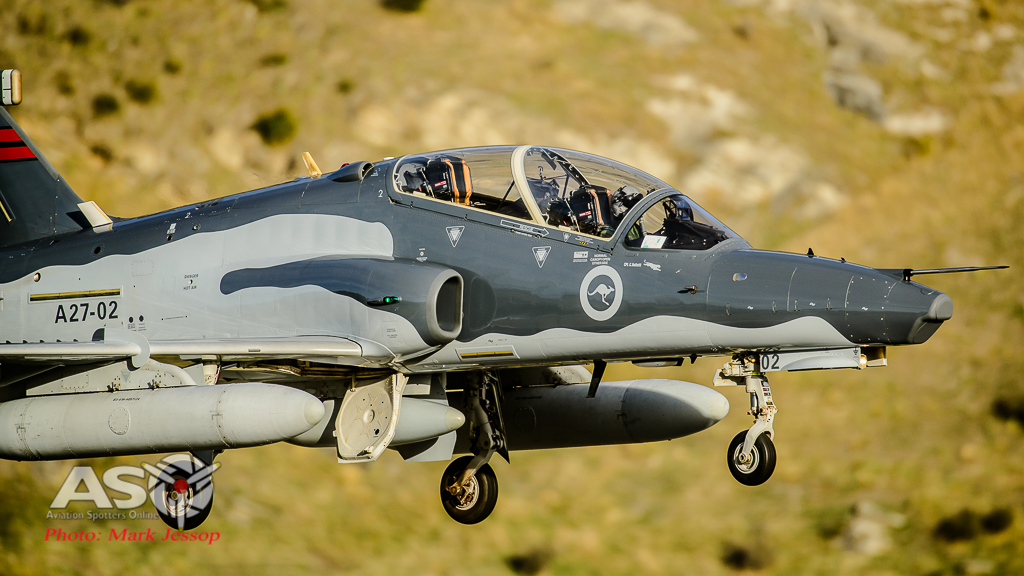 Hawks Queenstown arrive-41