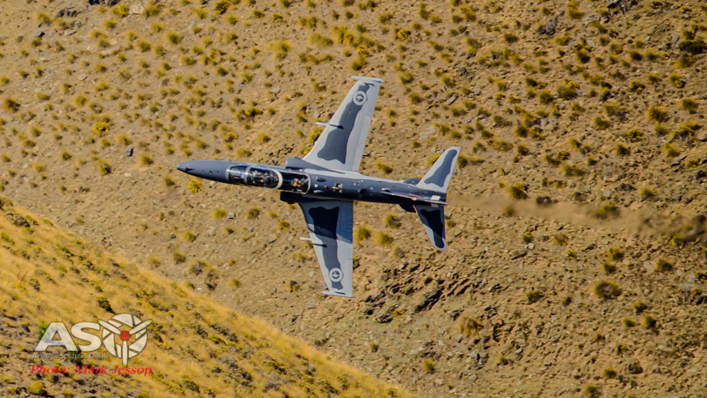 Mach Loop Hawk