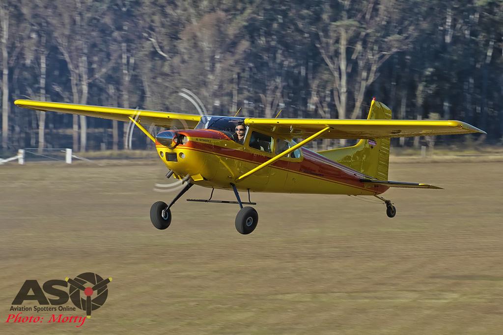 Mottys-PBA-Aerobatic-Day-2016-Cessna-185-VH-UZX-071