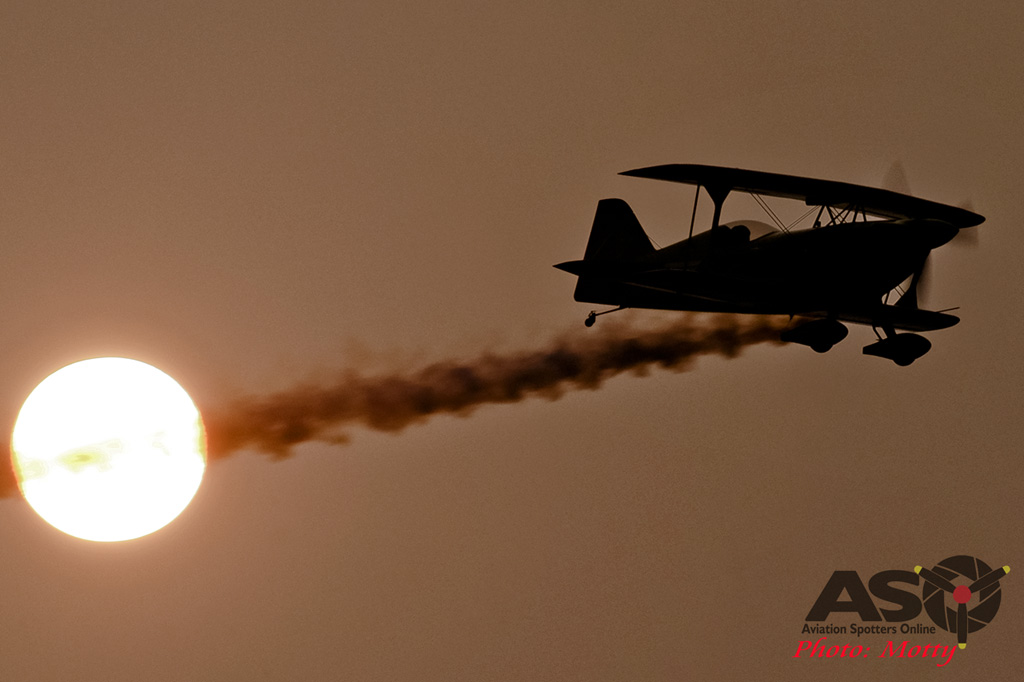 Mottys Paul Bennet Airshows Wolf Pitts Pro VH-PVB Korea ADEX 2015 024