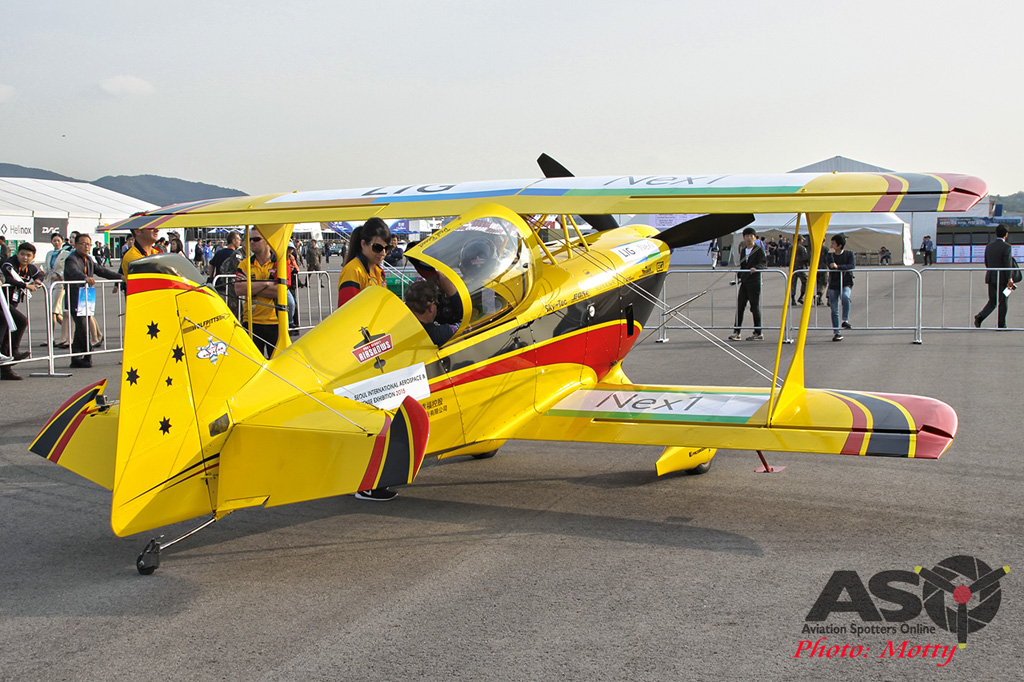 Mottys Paul Bennet Airshows Wolf Pitts Pro VH-PVB Korea ADEX 2015 036