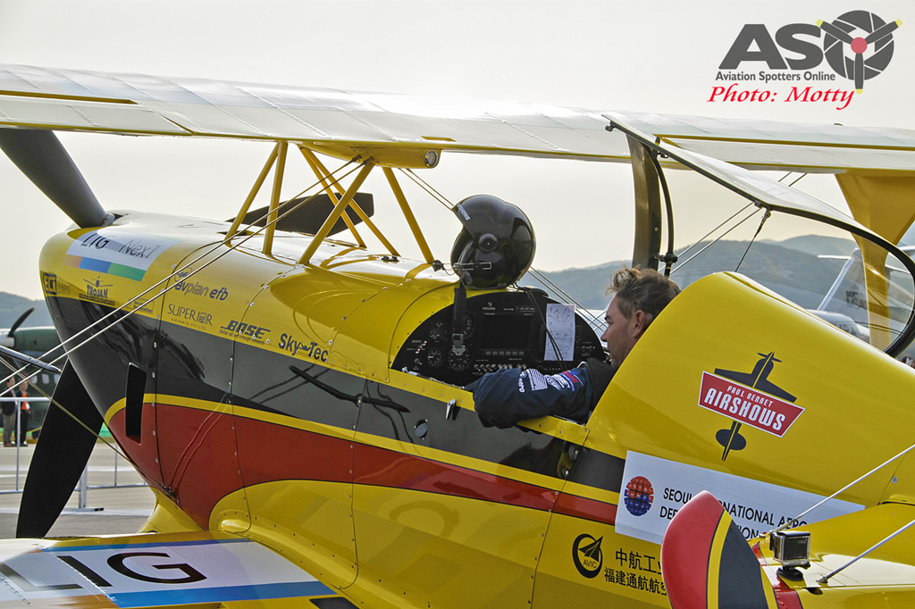 Mottys Paul Bennet Airshows Wolf Pitts Pro VH-PVB Korea ADEX 2015 038