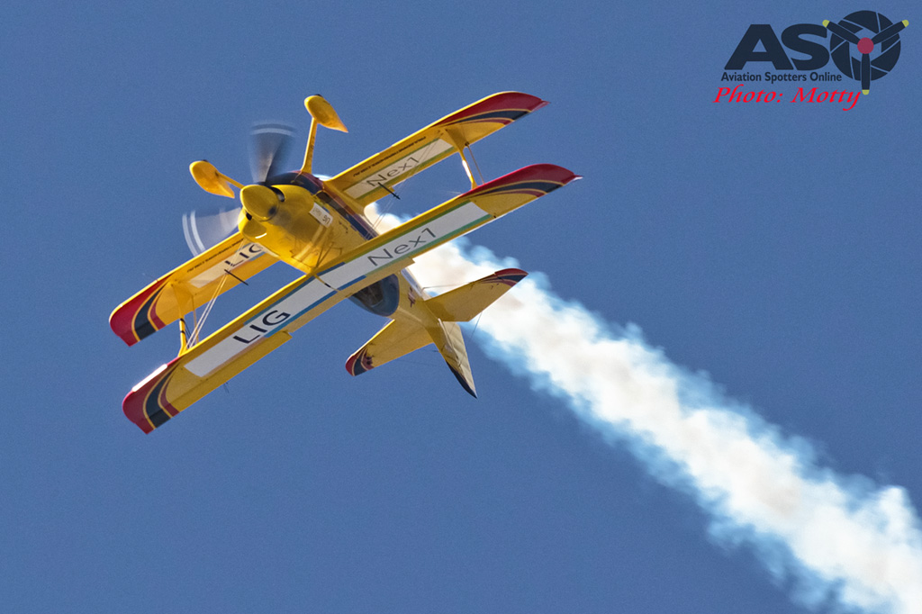 Mottys Paul Bennet Airshows Wolf Pitts Pro VH-PVB Korea ADEX 2015 093