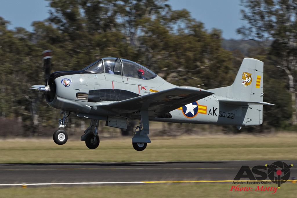 Mottys AWAL Kingaroy 2015 T-28A VH-VBT 0050