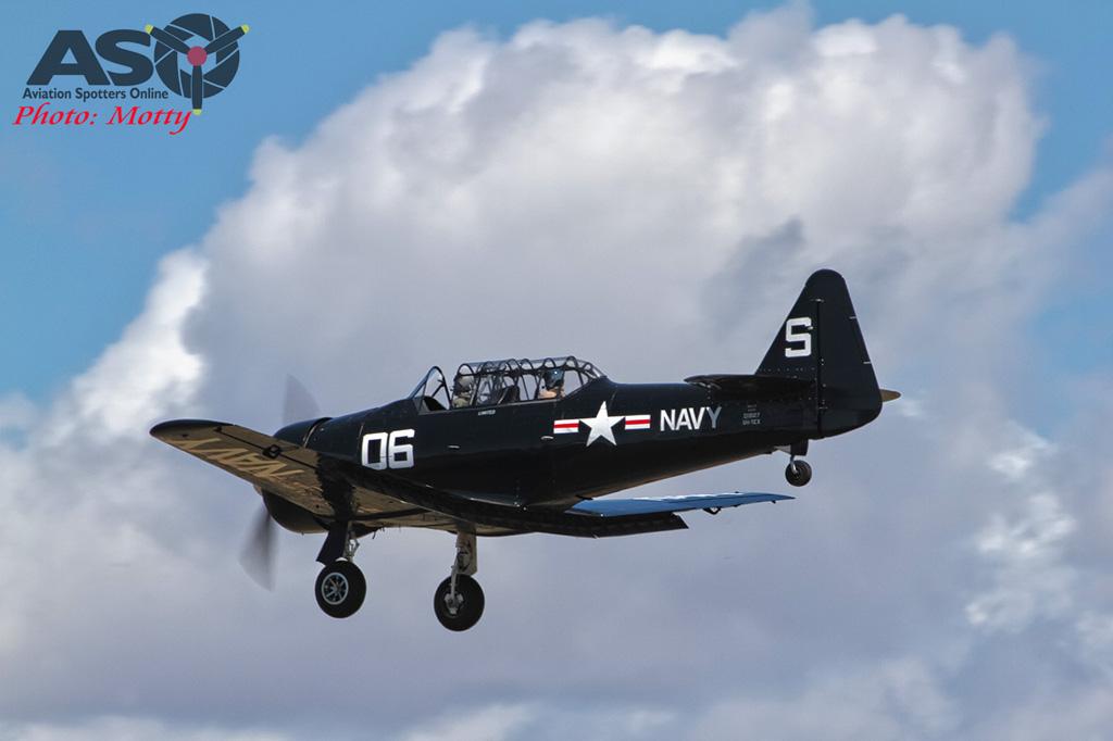 Mottys AWAL Kingaroy 2015 T-6 VH-TEX 0130