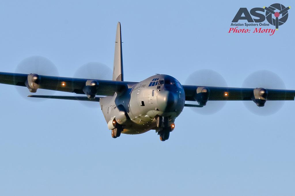 Mottys-AWIC-2019-Dawn-Strike-RAAF-C-130J-Hercules-04286-ASO