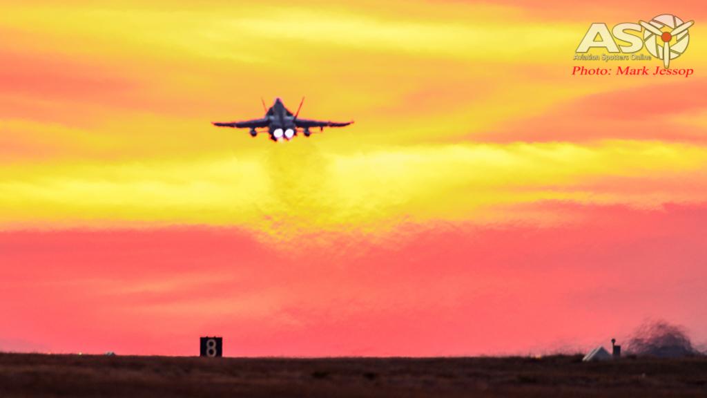 AWIC17 Dusk Take off (5 of 6)