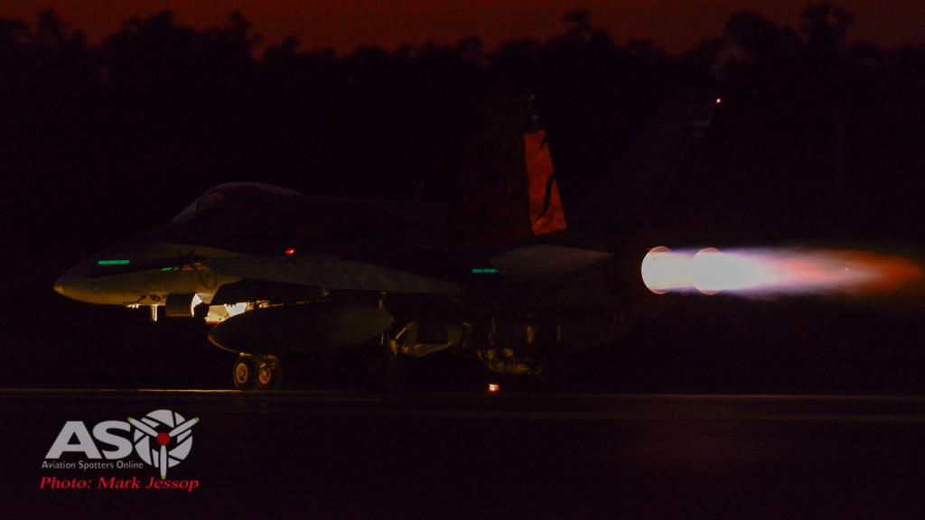 AWIC17 Dusk Take off (7 of 8)