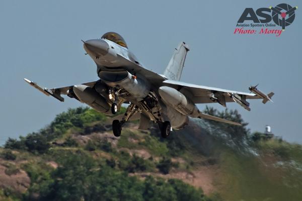 010-Mottys-ROKAF-F-16-123FS-009-Kunsan-Buddy-Wing-15-4