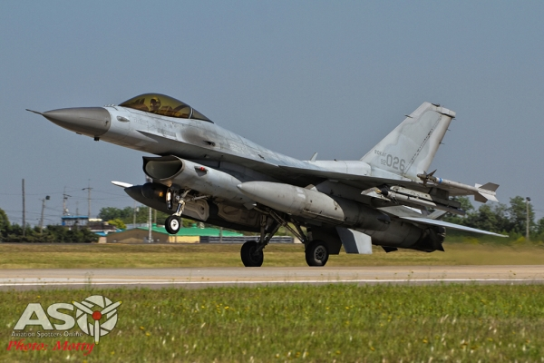 013-Mottys-ROKAF-F-16-123FS-012-Kunsan-Buddy-Wing-15-4