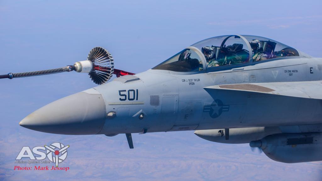tanker air to air_-18