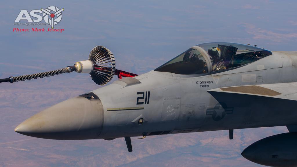 tanker air to air_-27