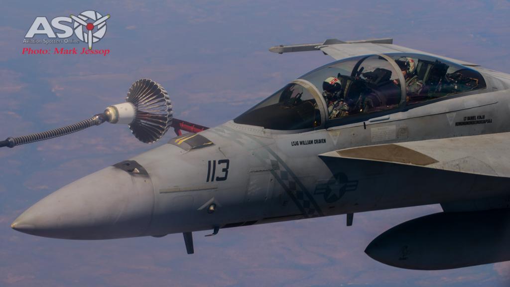 tanker air to air_-29