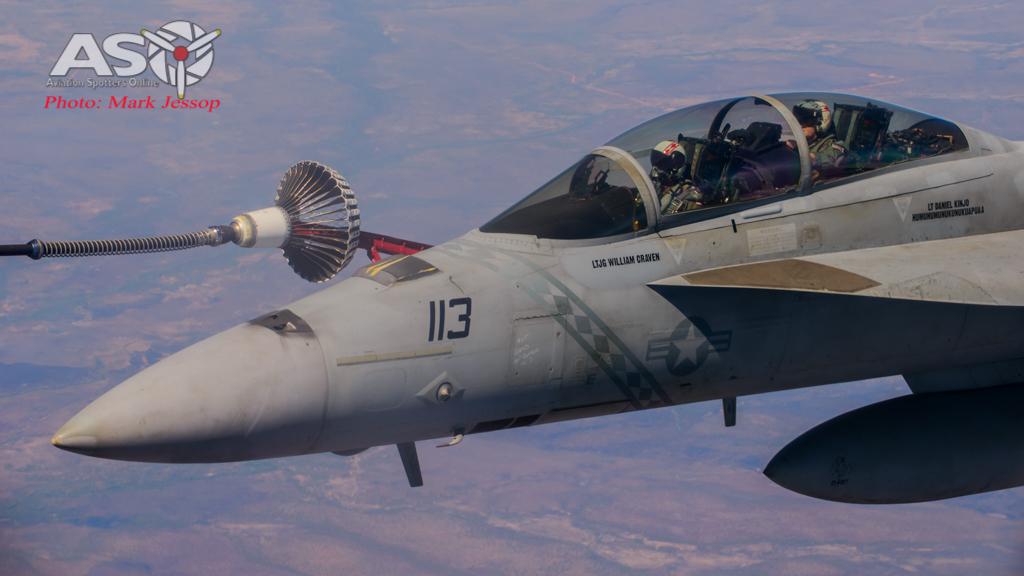tanker air to air_-31
